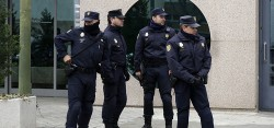 Spanish Cops busted illegal Chinese immigration racket